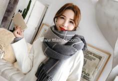 冬天系围巾怎么扎头发 戴围巾扎头发好看图解