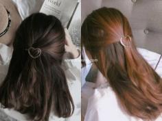 金色发夹搭配长发,不知提升发型多少个level